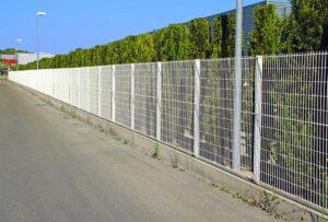 Zaun aus Polen - Typen, Merkmale und Vorteile